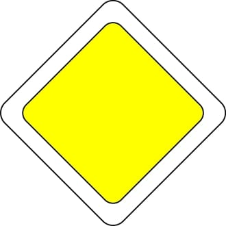 знак главной дороги фото